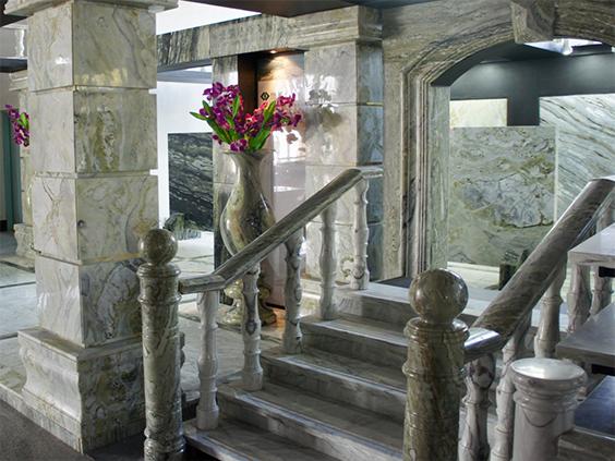 Дверные порталы из натурального камня